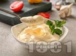 Бърза класическа домашна майонеза с яйца приготвена с пасатор - снимка на рецептата